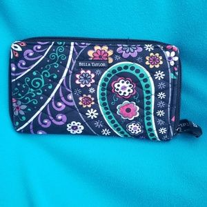 Bella Taylor Floral Zip Closure Wallet New